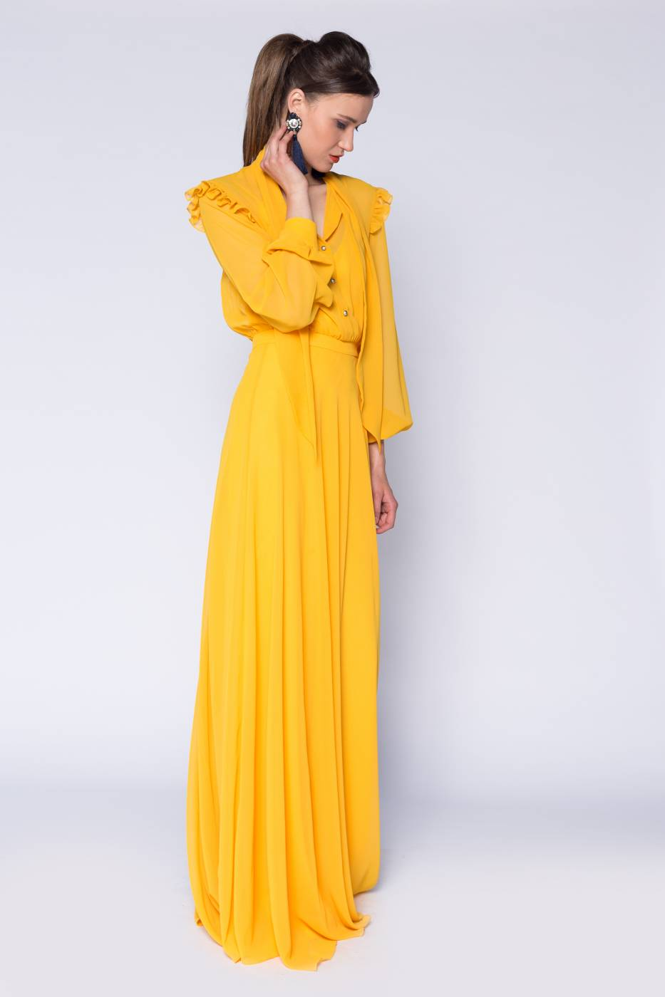 Rochie lunga cu esarfa